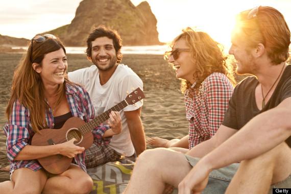 FRIENDS-ON-BEACH