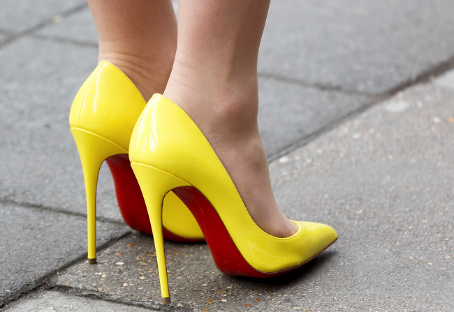 Amazing hacks for wearing high heels without feeling pain